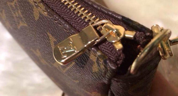 LOUIS VUITTON сумка Киев Украина клатч косметичка кросс боди LV N51980 монограм