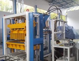 Стационарный вибропресс по производству блоков SUMAB Е-400