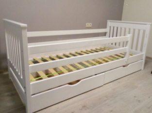 Одноярусная кровать Адель с ящиками.