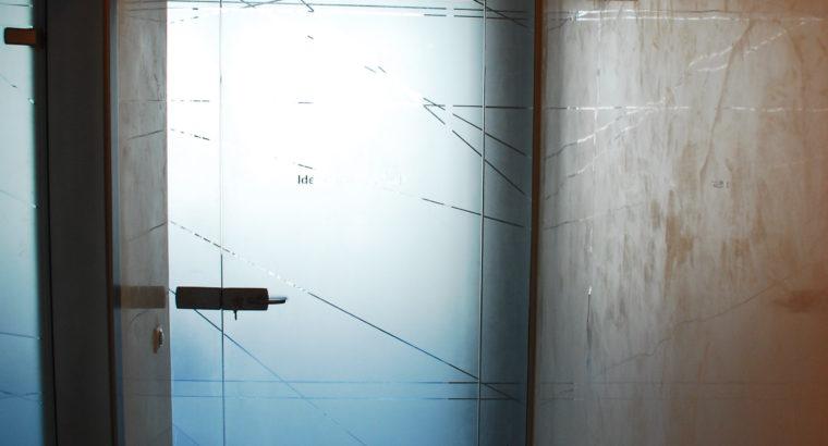 стеклянные двери киев, двери из закаленного стекла киев