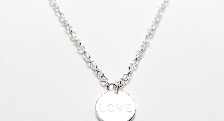 Ожерелье колье намисто подвеска Love Любовь цепочка кулон медальон амулет оберег для подарка серебро ланцюжок