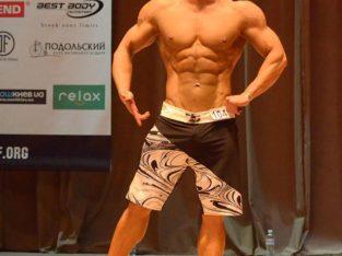 Тренировки с тренером в фитнес клубе на Позняках