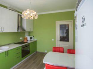 Сдаю в аренду 1 к. квартиру посуточно пр.Бажана10, Осокорки,Дарницкий район, Киев