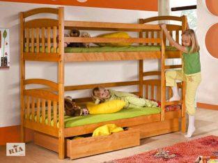 Двухъярусная кровать Иринка с ящиками и матрасами.