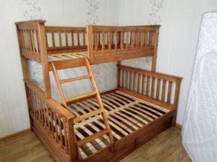 Семейная кровать Жасмин с ящиками.